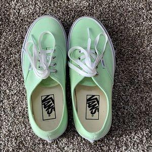 Vans Canvas Authentic sneaker